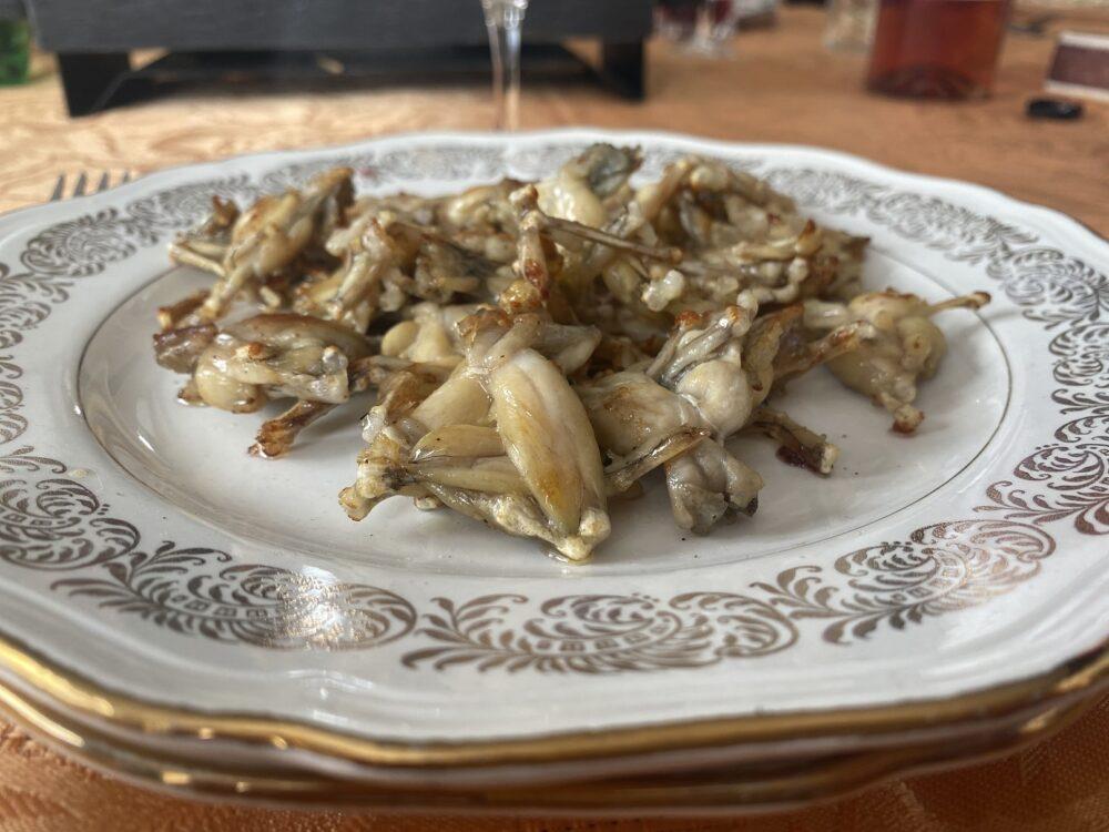 cuisses de grenouilles restaurants manger pays horloger doubs jura