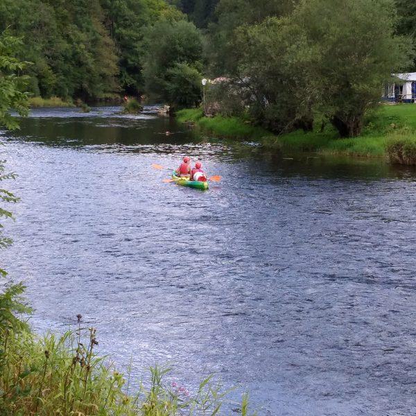 doubs vallee rivière canoe goumois pays horloger france suisse doubs jura