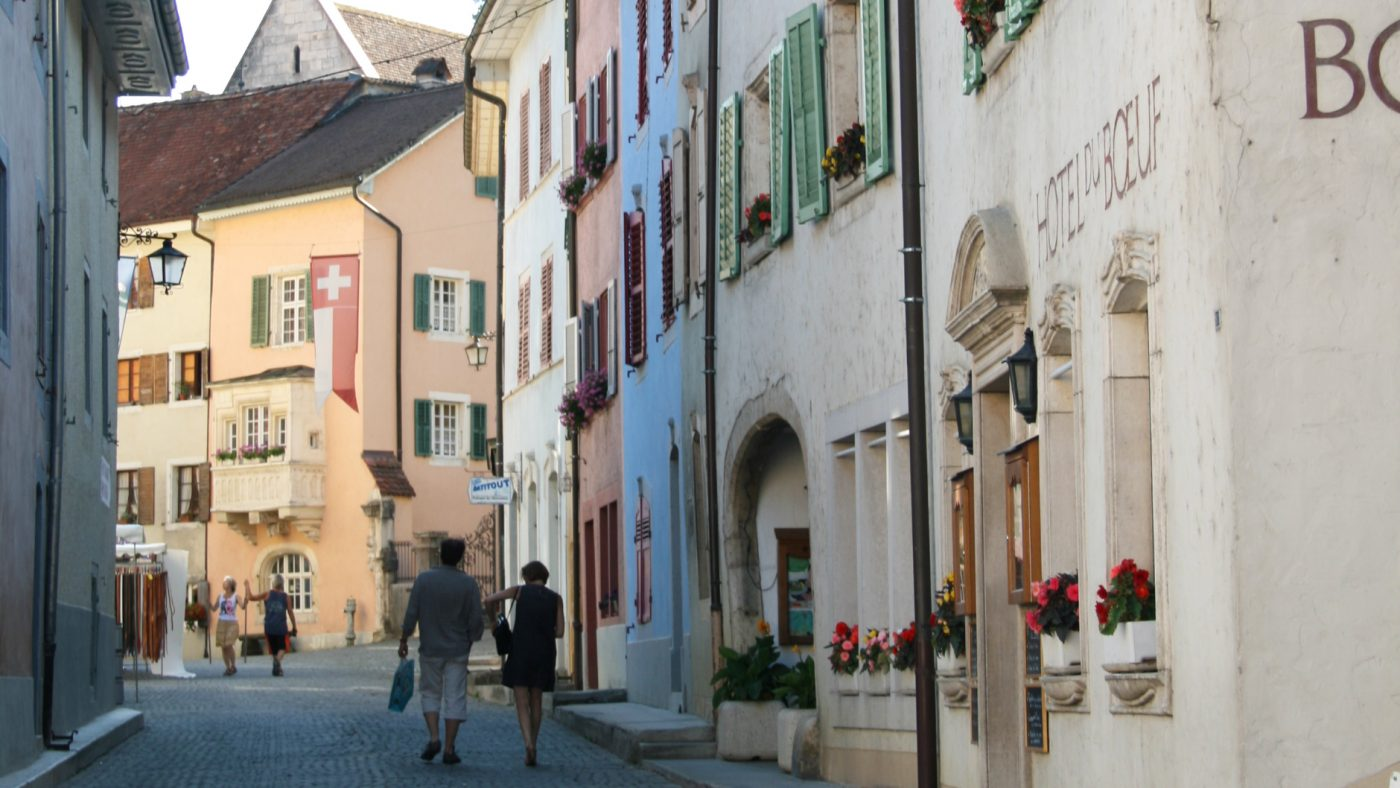 suisse saint ursanne bourg medieval