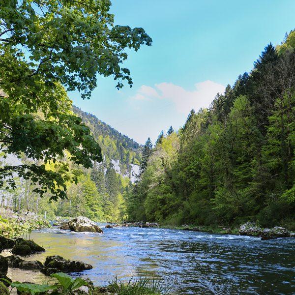 doubs echelles de la mort vallee franco suisse rivière doubs pays horloger jura