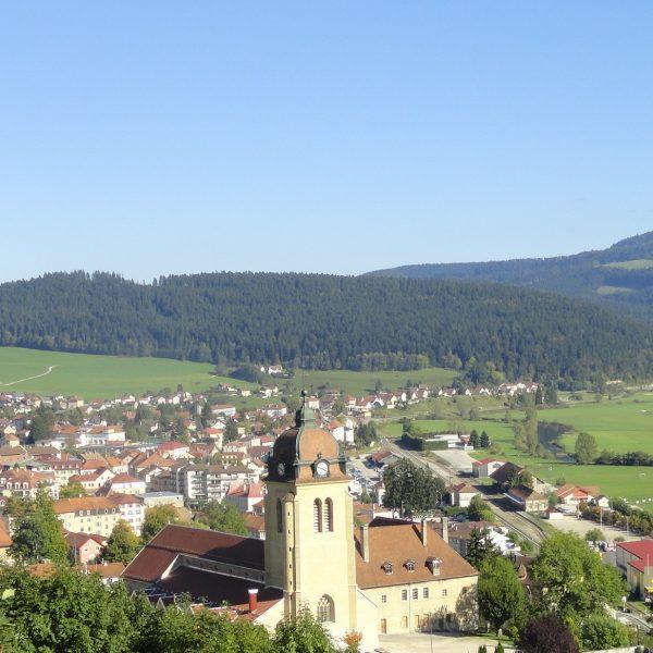 village de caractère petite cité bourgogne franche comte morteau pays horloger doubs jura