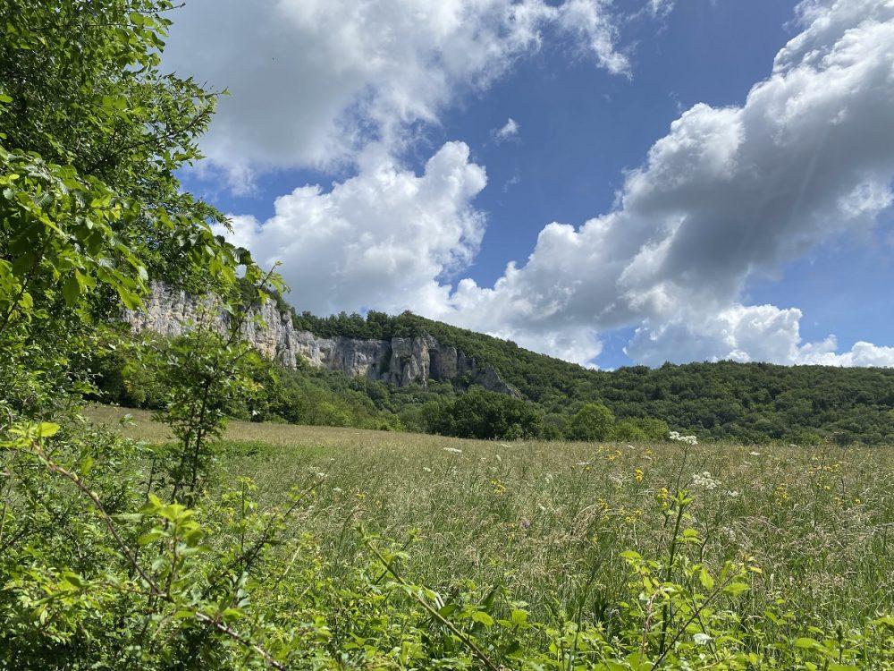 grotte de la roche saint hippolyte randonnée pays horloger doubs jura