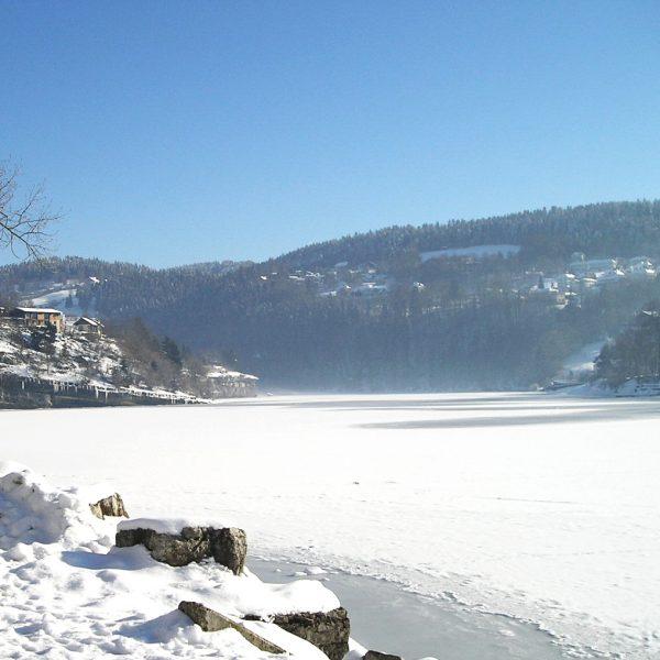 hiver neige froid glace chaillexon villers le lac pays horloger haut doubs jura