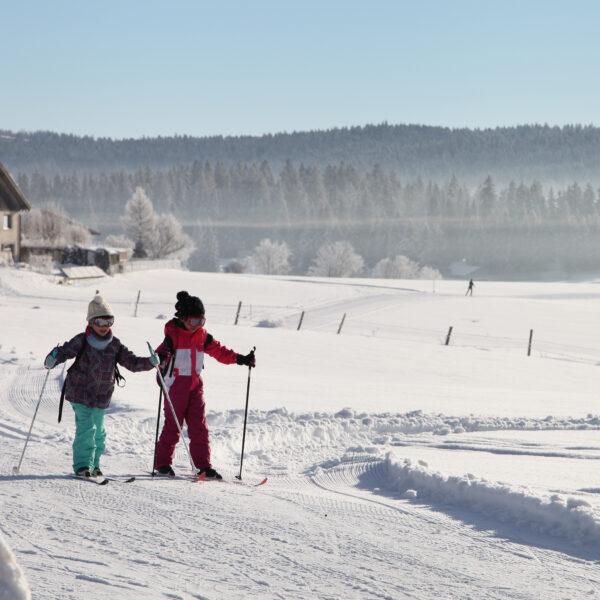 ski de fond nordique montagnes du jura pays horloger hiver