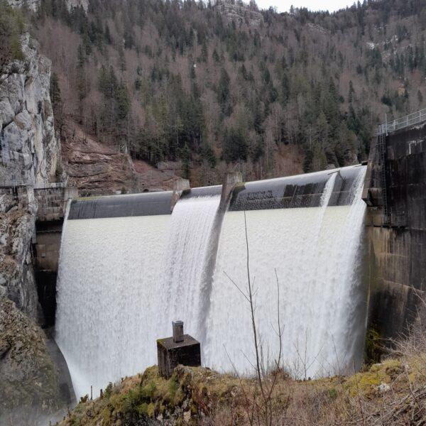 randos cascade barrage Châtelot eau cascade doubs pays horloger jura